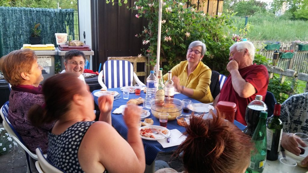 fête_voisins_rueGare1